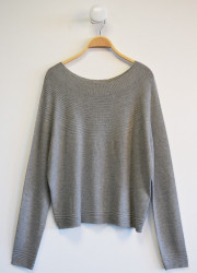 Full knitted pullover