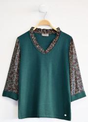 Bimaterial pullover