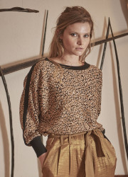 Leopard jacquard pullover