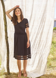 Short dress in technical knit
