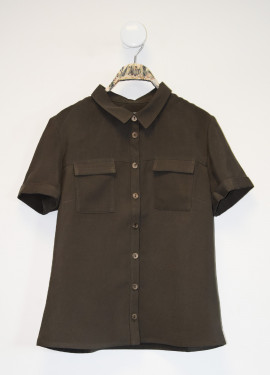 Plain shirt with short sleeves