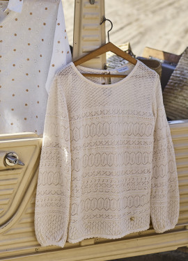 Long sleeve sweater in...
