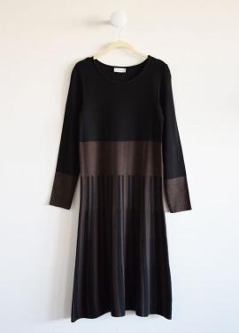 Two-tone knit midi dress